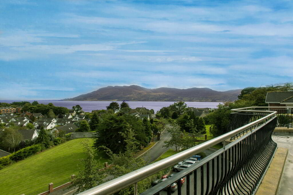 Photo 6 of The Penthouse, Fourth Floor 3 Bedroom Apartment, Seafields Court, ...Warrenpoint