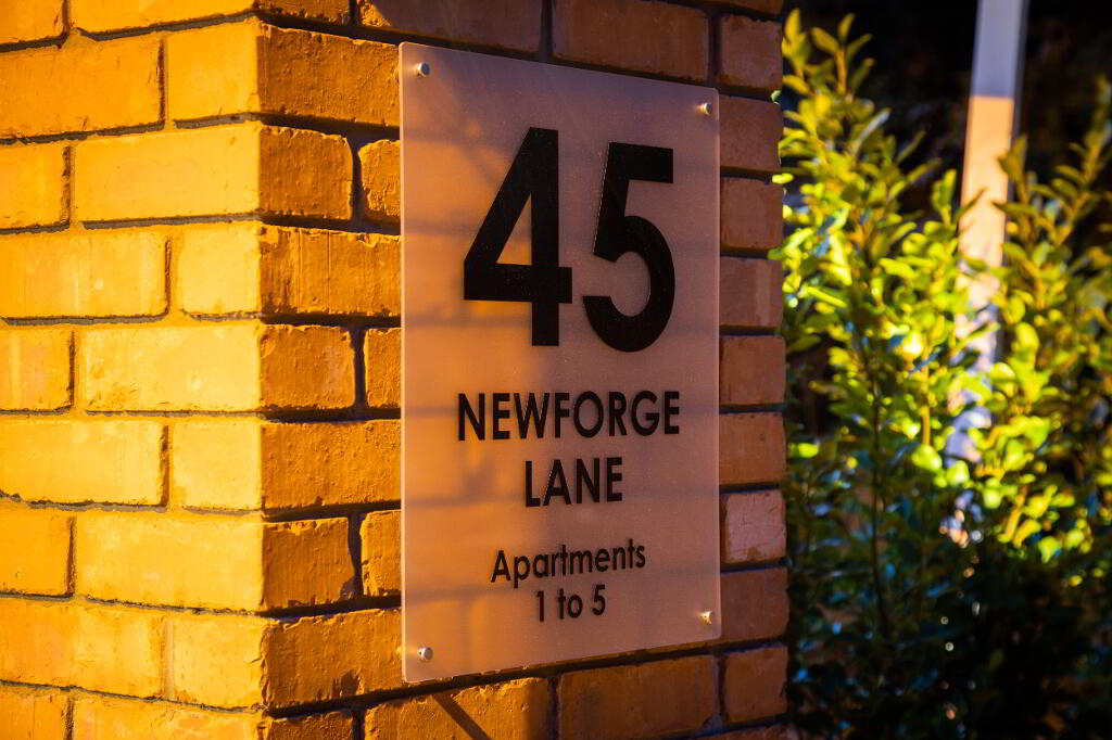 Photo 2 of Apartment 3, 45 Newforge Lane, Malone Road, Bt9 5Nw, Belfast
