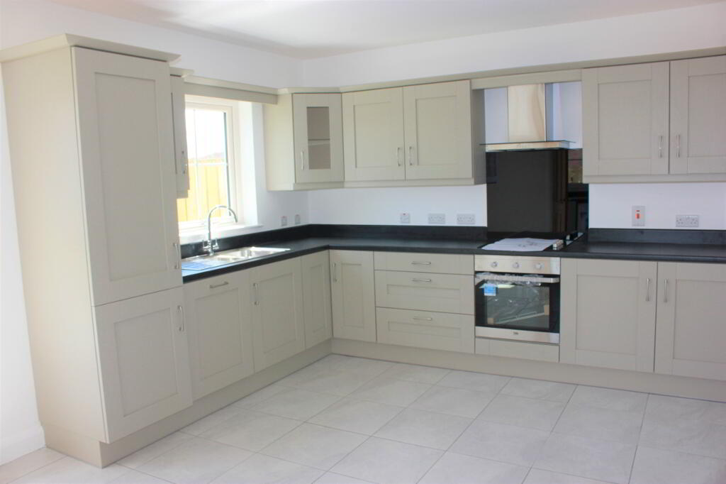 Photo 5 of 3 Bed Deatched, Millstone Drive, Scallen Road, Irvinestown