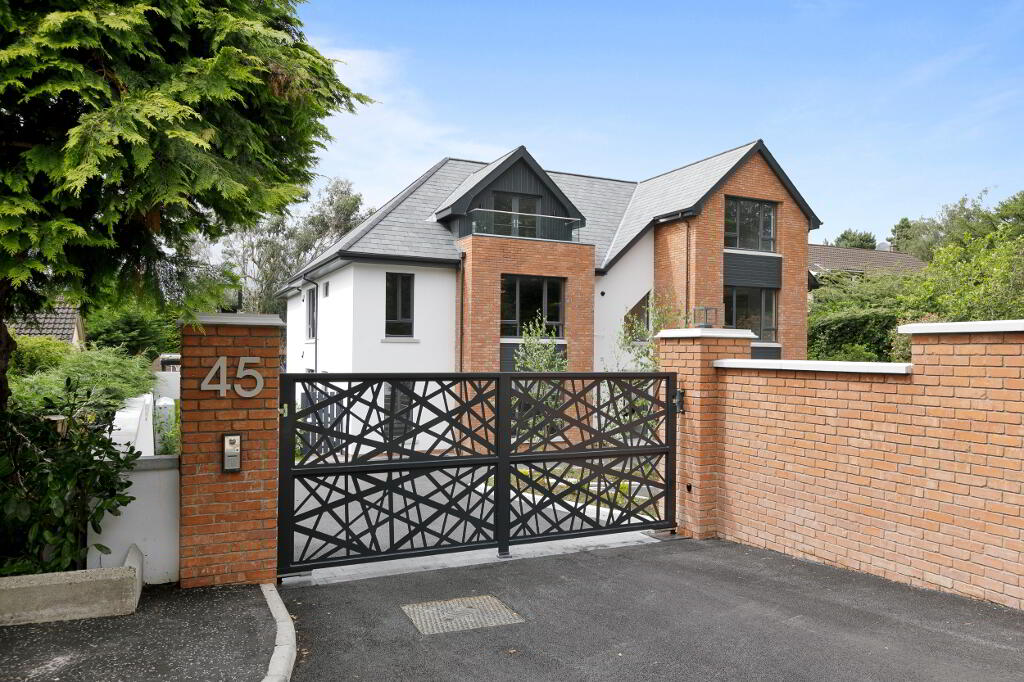 Photo 36 of Apartment 3, 45 Newforge Lane, Malone Road, Bt9 5Nw, Belfast