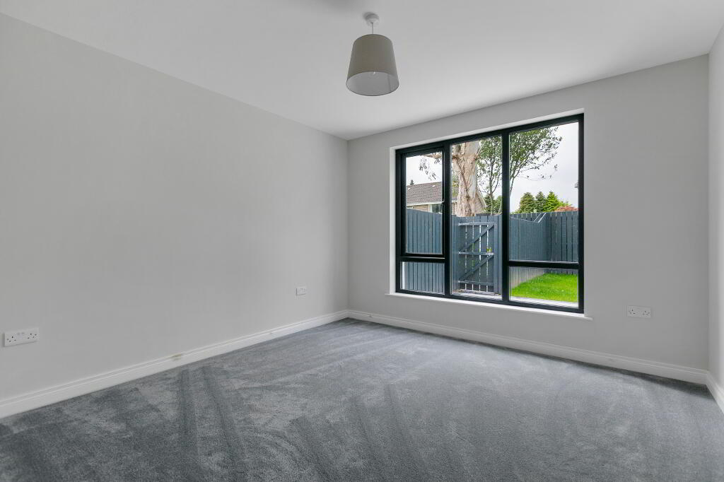 Photo 17 of Apartment 1, 45 Newforge Lane, Malone Road, Bt9 5Nw, Belfast