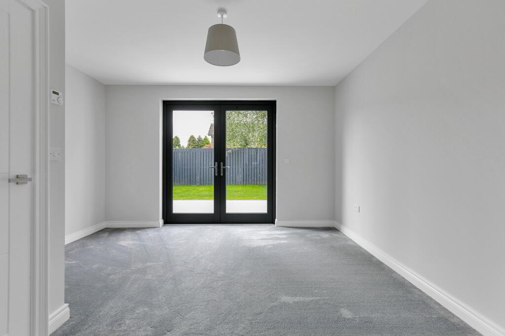 Photo 13 of Apartment 1, 45 Newforge Lane, Malone Road, Bt9 5Nw, Belfast